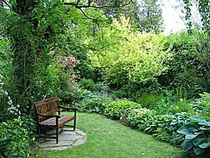 Les Jardins D Angelique Arrosoirs Et Secateurs