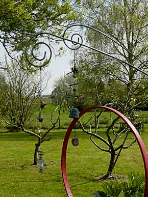 Jardin buis art le jardin de nicolle et fran ois for Artistes de jardin