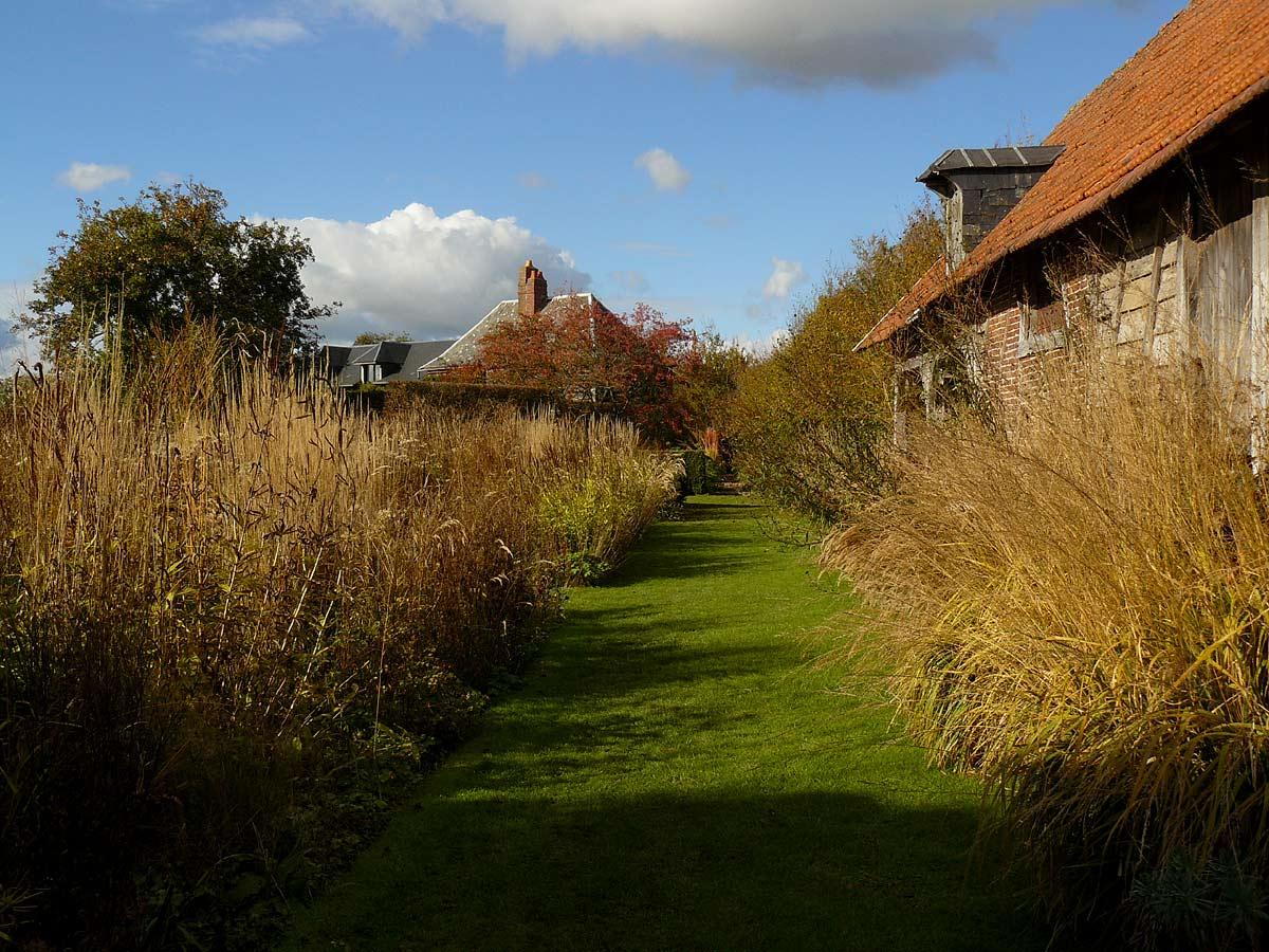 Le jardin plume auzouville sur ry arrosoirs et s cateurs for Auzouville sur ry jardin plume
