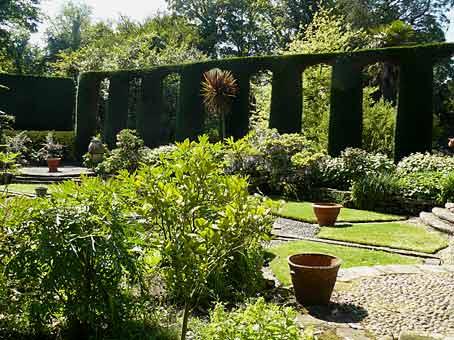 Les jardins de mount stewart arrosoirs et s cateurs for Jardin en espagnol